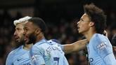 Dengan skor akhir 2-1 Manchester City menjadi kesebelasan pertama yang mampu mengalahkan Liverpool di Liga Inggris musim ini.
