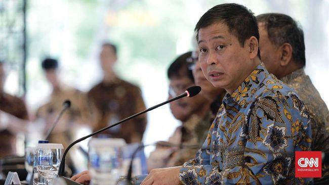 Menteri Jonan meminta KPK dan Ombudsman untuk mendesak percepatan implementasi perizinan online di seluruh kementerian/lembaga (K/L).
