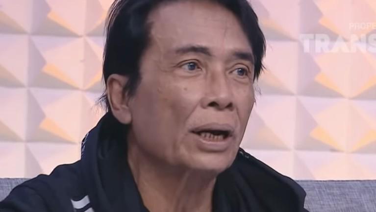 Torro Margens meninggal dunia pada Jumat (4/1) dini hari setelah mengalami muntah darah usai syuting di Yogyakarta. Beberapa rekan selebriti turut mengucapkan belasungkawanya.