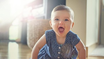 30 Nama Bayi Perempuan Islami Berawalan Saf