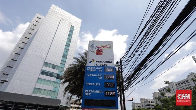 Polisi sudah memeriksa sejumlah saksi terkait kasus running text di SPBU Medan yang berisi hinaan pada Jokowi dan Megawati, dan diduga pelaku adalah orang luar.