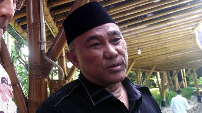 Wali Kota Depok Mohammad Idris buka suara soal dugaan korupsi di Dinas Damkar Kota Depok dan membantah soal tudingan intimidasi kepada Sandi.
