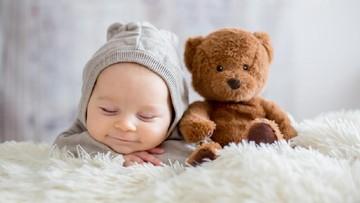 40 Nama Bayi Laki-laki Islami dengan Arti Kebahagiaan