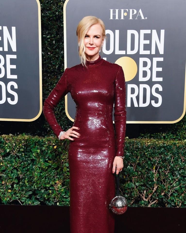 Sementara Nicole Kidman layak disebut ikon aktris dengan penampilan elegan.