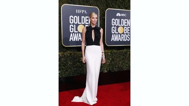 Perhelatan Golden Globe 2019 digelar di awal tahun. Siapa saja bintang yang bersinar dengan busana terbaik di karpet merah Golden Globe Awards 2019?