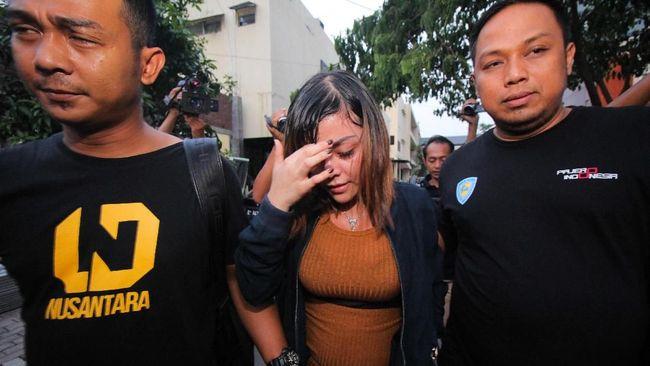 Polisi menyebut meski secara hukum terhenti, namun masih ada sanksi sosial yang terus berlanjut. Ini lantaran kasus tersebut terkait dengan moralitas.