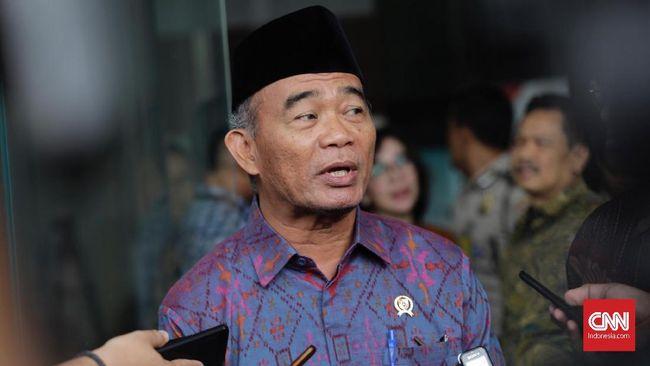 Menko PMK Muhadjir Effendy mengakui eksploitasi alam juga menjadi penyebab banjir besar di Kalimantan Selatan.