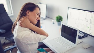 9 Penyebab Sakit Leher Sebelah Kanan