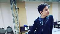 <p>Pose candii pun Zarno tetap kece. (Foto: Instagram/ @janeshalimar_1) </p>