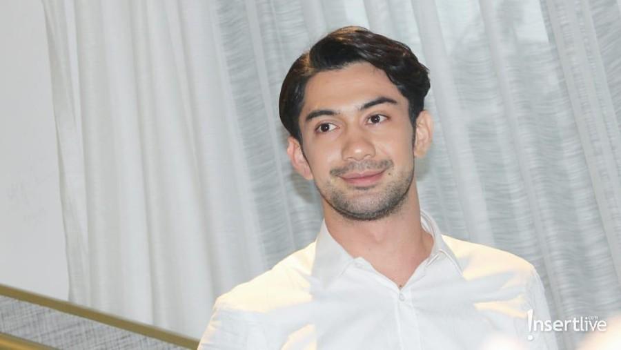 4 Film Indonesia yang Antarkan Reza Rahadian Jadi Aktor Terbaik