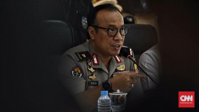 EY, pimpinan JAD Bekasi disebut memiliki kemampuan untuk menggunakan jaringan Wi-Fi sebagai pemicu bom demi mengantisipasi jammer di gelaran KPU.