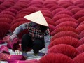 FOTO: Semerbak Dupa di Vietnam