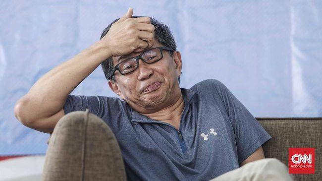 Politikus PDIP Junimart Girsang berkoordinasi dengan DPP PDIP untuk melaporkan Rocky Gerung terkait pernyataannya menyebut Presiden Jokowi tak paham Pancasila.