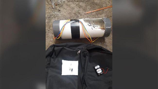 Polisi mengatakan semua elemen yang ada di dalam benda diduga bom di rumah Ketua KPK Agus Rahardjo tidak saling berkaitan dan tidak mungkin menimbulkan ledakan.