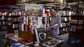 Penjualan Buku Meroket 230 Persen Usai Prancis Buka Lockdown