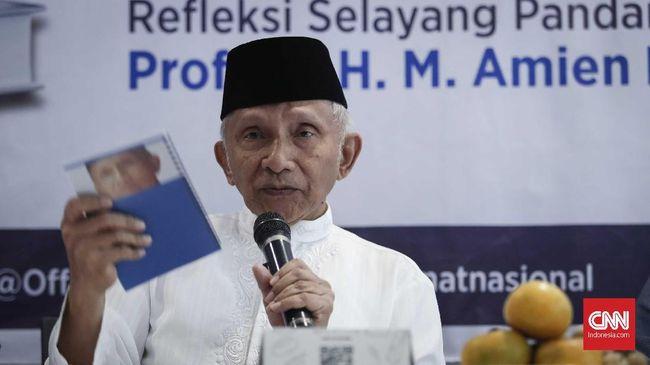 Politikus senior Amien Rais meminta Wapres Ma'ruf Amin menyampaikan kepada Jokowi bahwa kebijakan izin investasi miras di daerah adalah keliru.