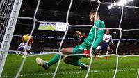 Tottenham Sudah Lakukan Segalanya, Tapi De Gea Di Mana-mana