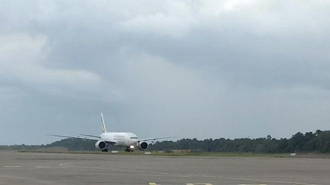 Badan Keselamatan Penerbangan Eropa mengatakan insiden serpihan logam mesin pesawat Boeing 747 tak ada kaitannya dengan peristiwa serupa pada Boeing 777.