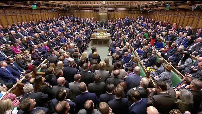 Parlemen Inggris gagal menyetujui delapan poin usulan Brexit yang dibahas, setelah mereka mengambil alih proses itu dari pemerintah.