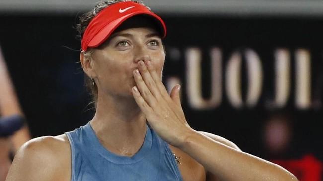 Petenis wanita asal Rusia Maria Sharapova menang mudah di babak kedua Australia Terbuka 2019 untuk bertemu Caroline Wozniacki di babak ketiga.