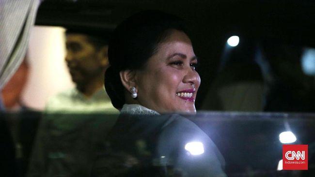 Ibu Negara Iriana Jokowi mengisahkan proses menunggu kelahiran cucu ketiganya di Solo, Jumat (15/11).