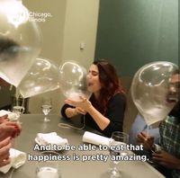 Ajaib! Dessert Balon Tiup Ini Bisa Terbang dan Dimakan