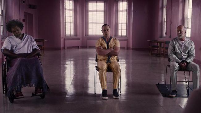 M. Night Shyamalan menutup 'Unbreakable' dan 'Split' dengan 'Glass,' film yang mempertemukan tokoh ikonis Kevin Wendell Crumb, David Dunn dan Elijah Price.