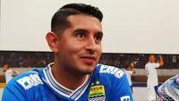 Persib Bertandang Ke Markas Arema Tanpa Esteban Vizcarra