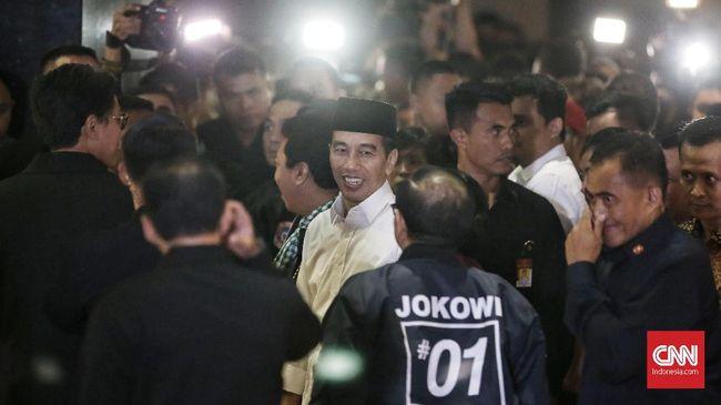 Jokowi mengaku puas dengan jalannya debat capres perdana yang telah digelar semalam karena bisa menceritakan apa yang telah dikerjakan dalam pemerintahannya.