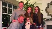 <p>Gordon dikarunia empat anak, Matilda, Jack, Megan dan Holly. Salah satunya ada yang mengikuti jejak sang ayah menjadi chef. (Foto: Instagram/gordongram)</p>