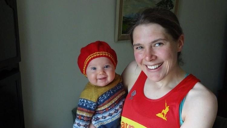Jasmin Paris, pelari maraton dan ibu menyusui pertama berhasil menamatkan Montane Spine Race, salah satu maraton paling panjang dan 'brutal'.