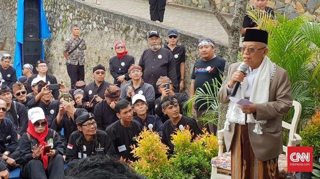 Ma'ruf Amin terakhir kali ia mengunjungi Sukabumi pada tanggal 19 Desember 2018. Hari ini Ma'ruf kembali bertemu para santri dan Nahdliyin di sana.