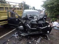 Begini Detik-detik Mobil Yuki 'pas Band' Ditabrak Truk Di Cianjur