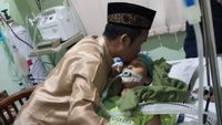 Ustad Maulana Ungkap Sang Istri Idap Kanker Usus Sejak 7 Tahun Lalu