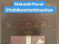 Nabung Setahun, Habib Usman Beri Kado Wow Untuk Ultah Kartika Putri