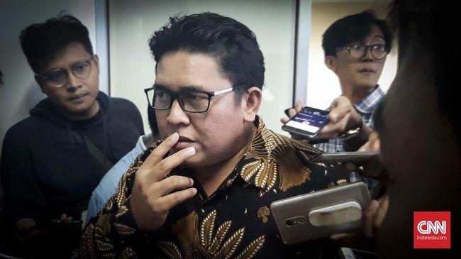 KPPU menduga terjadi monopoli di bisnis jasa kargo benih lobster lantaran pengiriman benih lobster cuma dilakukan di satu bandara, Bandara Soekarno-Hatta.