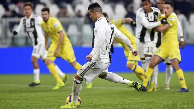 Juventus meraih kemenangan atas Chievo pada lanjutan kompetisi Liga Italia 2018/2019 dan memimpin klasemen dengan 56 poin.