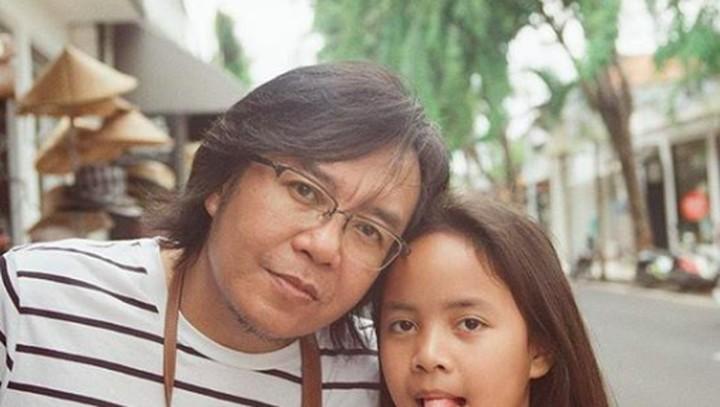 <p>Si bungsu Alessandra mirip ayah Ari nggak, Bun? (Foto: Instagram/@ari_lasso) </p>
