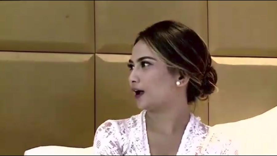Curhat di Acara Rumpi TRANS TV, Vanessa Angel: Aku Trauma