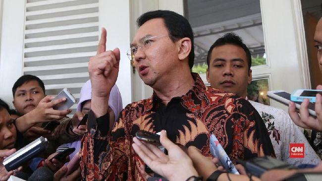 Wakil Sekjen PPP Achmad Baidowi meminta Ahok untuk mengubah gaya komunikasi dengan mengedepankan empati ketimbang emosi dalam memimpin perusahaan BUMN.