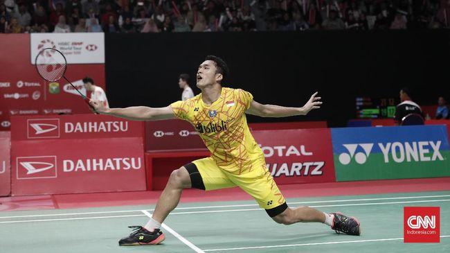 Pebulutangkis tunggal putra Indonesia Jonatan Christie mengakui sempat kendor melawan Anthony Ginting di final Australia Terbuka 2019, Minggu (9/6).