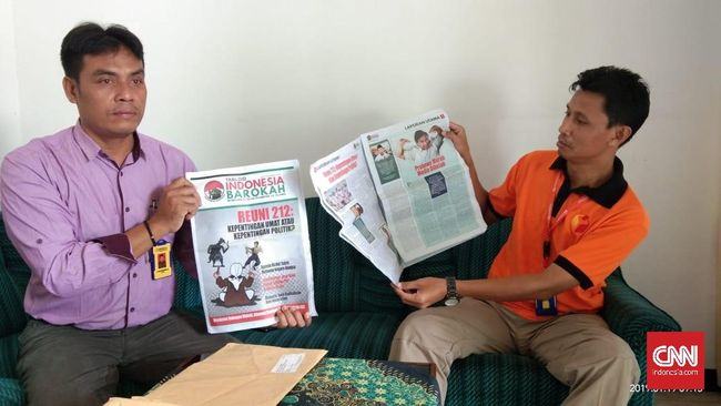 Tabloid Indonesia Barokah, berdasarkan penelusuran CNNIndonesia.com, mencantumkan alamat fiktif dan memuat artikel hasil mencomot dari berita media-media lain.