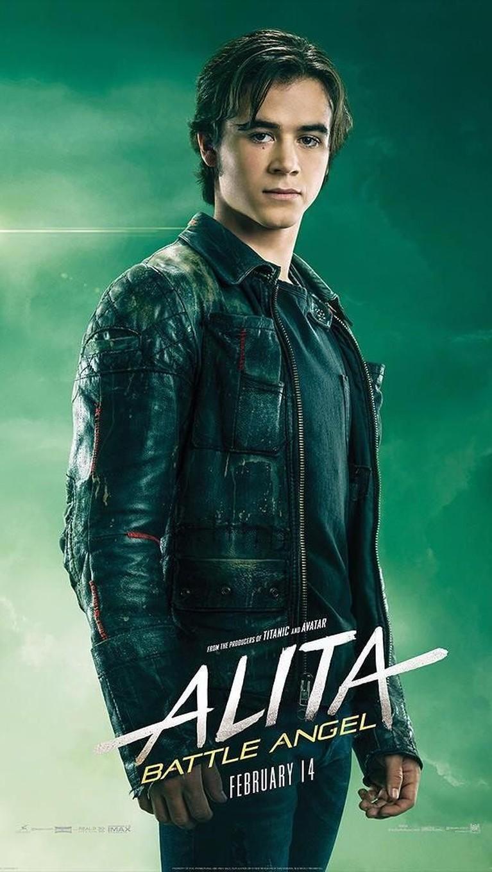 Hugo. Diperankan oleh Keean Johnson, pria yang menyukai dan mengajarkan Alita berbagai hal.
