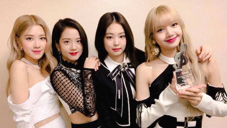 6 Gaya BLACKPINK Hadiri Gaon Chart Music Awards 2019