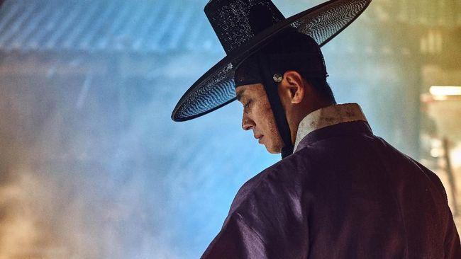 Penulis Kim Eun-hee mengungkapkan kemungkinan kehadiran Kingdom Season 3, termasuk kata kunci dan peran Jun Ji-hyun.