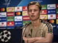 Sang Ibu: De Jong ke Barcelona Bukan Semata karena Uang