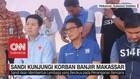 Cawapres Sandiaga Kunjungi Korban Banjir Makassar