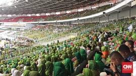 Harlah Muslimat NU, Bendera Parpol dan Santri Pemungut Sampah
