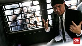 Asam Urat Ahmad Dhani Kambuh karena Tidur di Lantai Penjara