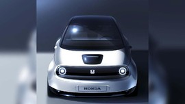 Honda Hati-hati Rilis Mobil Listrik di Indonesia